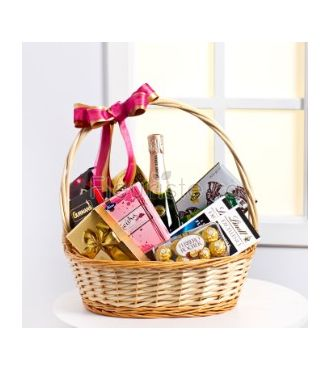 SWEET AND SMOOTH GOURMET BASKET