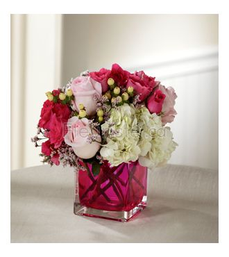LOVE IS BLOOMING BOUQUET